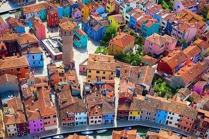 Discover Burano with a local guide