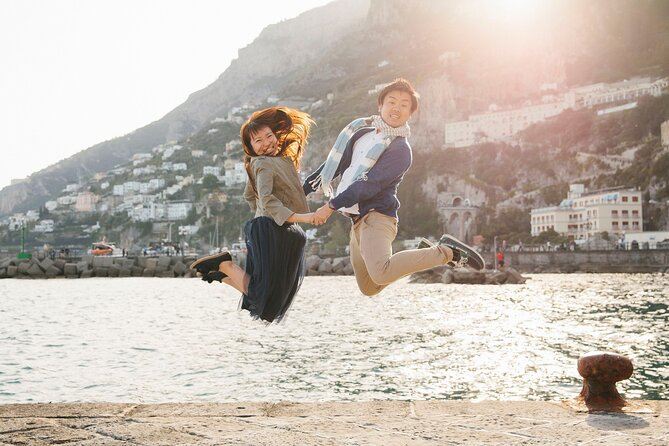 120 Minute Private Vacation Photography Session with Local Photographer in Amalfi Coast