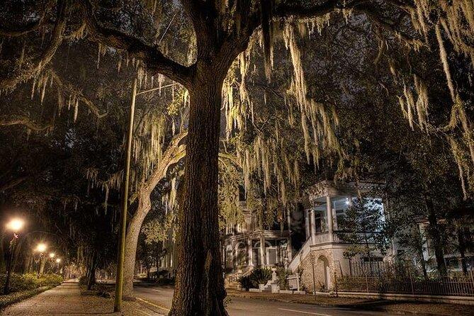 Late Night Savannah Haunted Pub Crawl And Ghost Tour