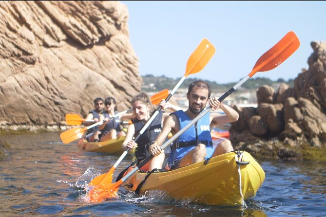 Full-Day Kayak and Snorkel Experience in Barcelona with Lunch