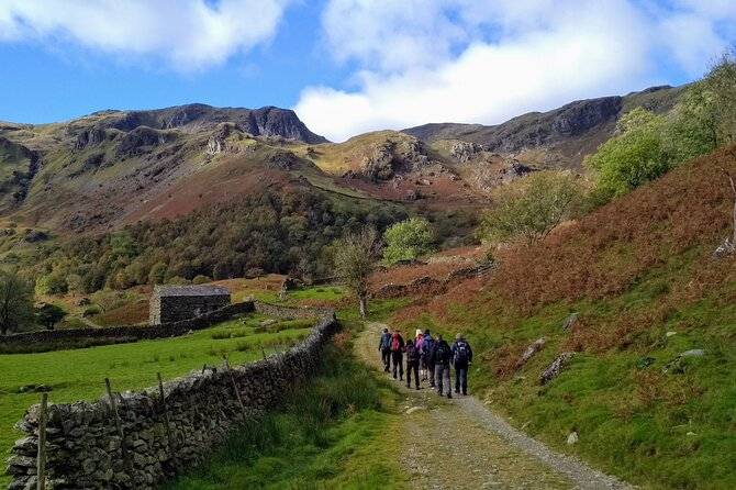Self-guided Scavenger Hunt Tour - Lake District (7 Days Private)