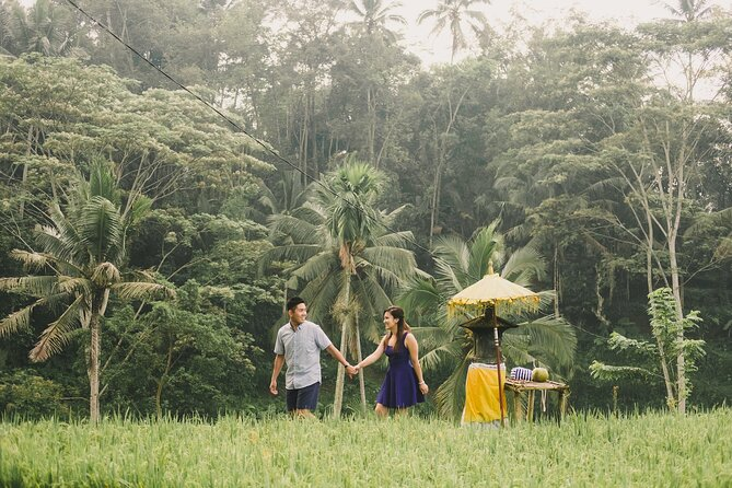 Private Vacation Photography Session with Local Photographer in Bali