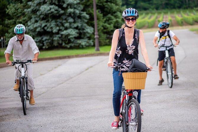 3 Hours NOTL E-Bike Wine Tour along the Niagara River