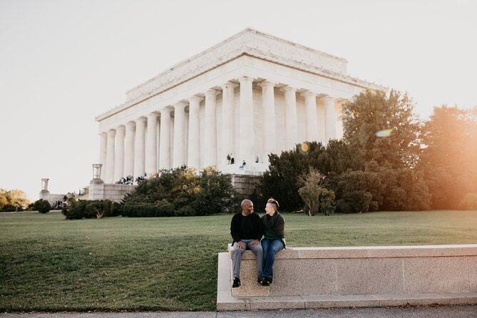 30 Minute Private Vacation Photography Session with Photographer in Washington DC