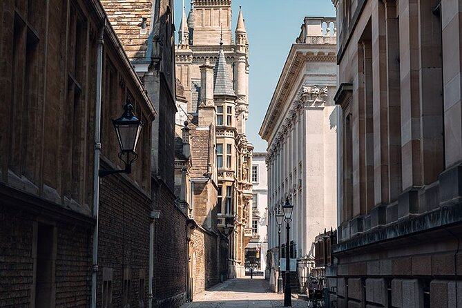 Small-Group Cambridge Walking Tour