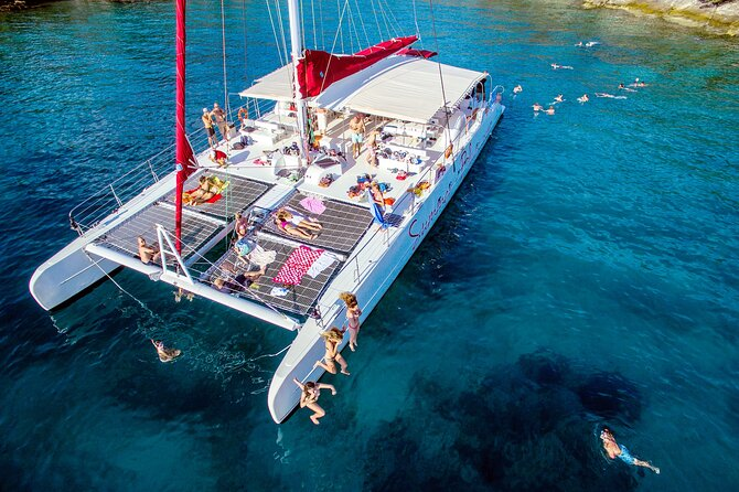Catamaran cruise to Blue Lagoon with Food and unlimited Drinks
