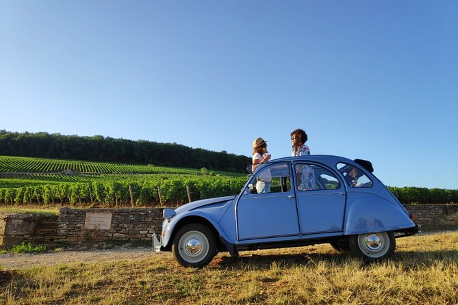 Private tour in 2CV with cellar visit and tasting from Beaune - 3H