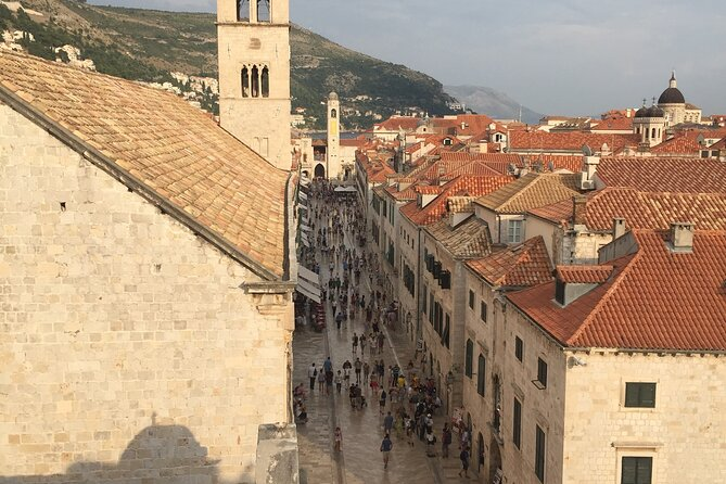 Group Tour: Dubrovnik Old Town with a Local Guide
