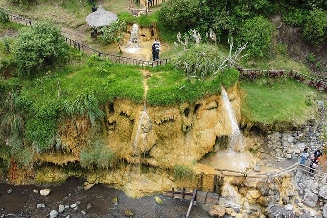 Route of the Faces - Cascada del Arbol, Hot Springs, Guitig Water Fountain