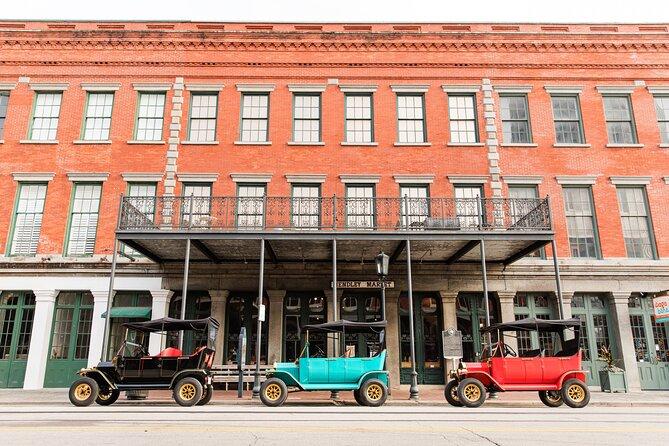 Replica 1908 Model-T Electric Golf Cart Rental in Galveston