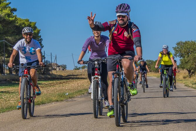 Bike tour into the nature of Trani: from the coutryside to the coast