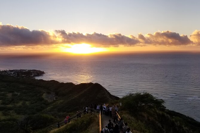 Half-Day Hiking Tour to Diamond Head and Makapuu Lighthouse