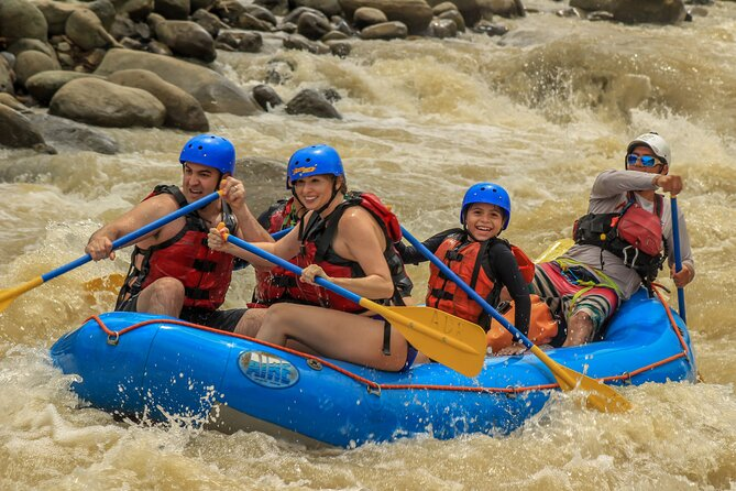 Whitewater Rafting Naranjo River from Manuel Antonio Class III-IV