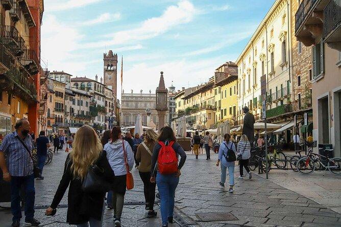 Street Food Walking Tour in Verona