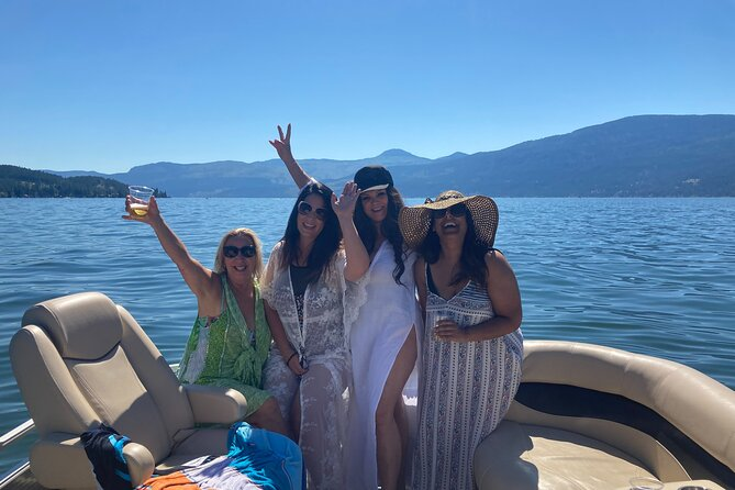 Private Luxury Captained 3-Hour Pontoon Boat Cruise (2-11 Guests)