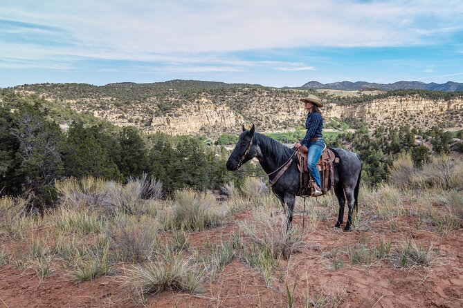 East Zion Horse Trail Riding - SUNSET & S'MORES TOUR