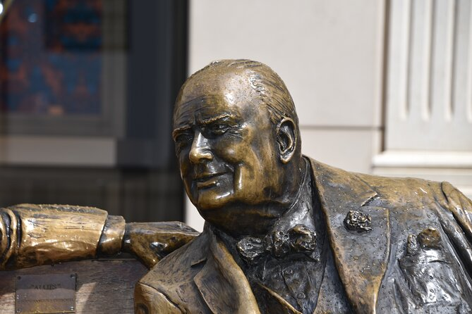 Private Churchill Walking Tour of London