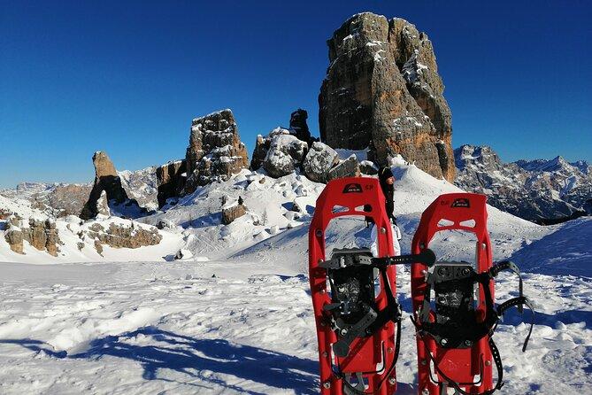 Snowshoe hike to the Cinque Torri