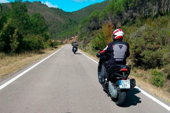 Tour scooter 125cc salou to red Hills hermitage montroig