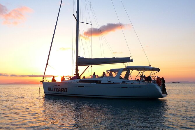 3-Night Sailing Adventure in Whitsunday Islands: Blizzard
