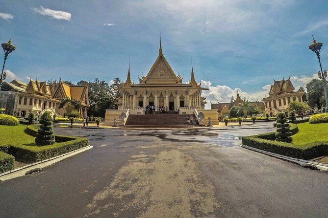 Divine Phnom Penh in Half a Day