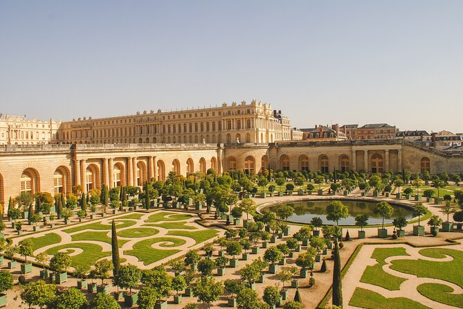 Versailles Palace Small Group Gardens & Fountains Hamlet Day Trip Guided Tour
