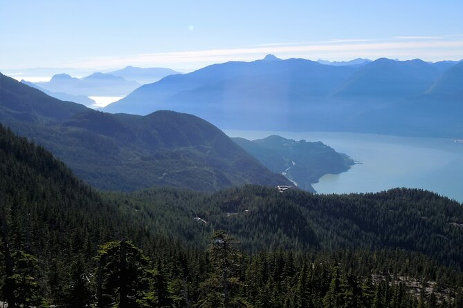 7-Day Hiking Adventure Tour Package (Vancouver, Squamish, Whistler)