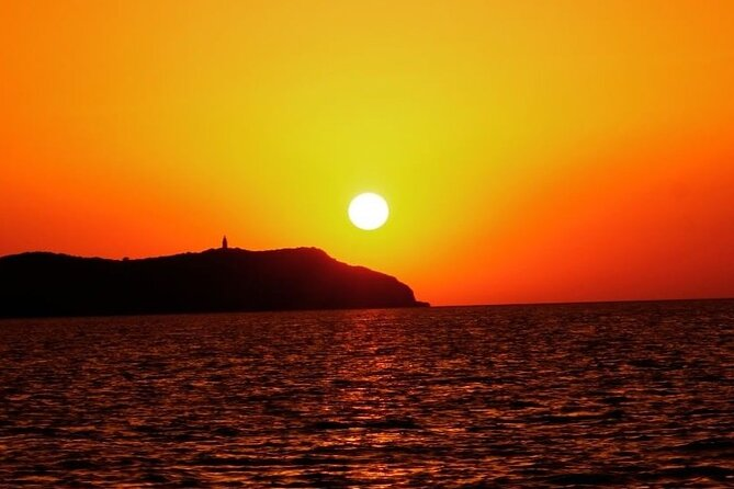 Ibiza Sunset Cruiser (SUP ,kayak , snorkeling & cliff jumping all included)