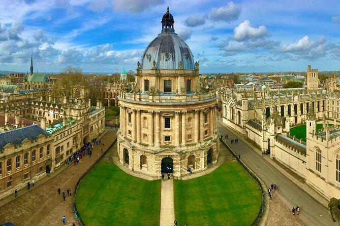 Self-guided Scavenger Hunt Tour - Oxford (1 Day Private)