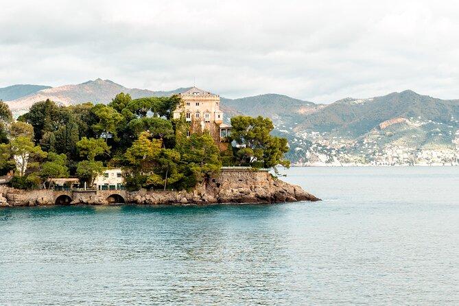Walk from Santa Margherita Ligure to the Portofino lighthouse