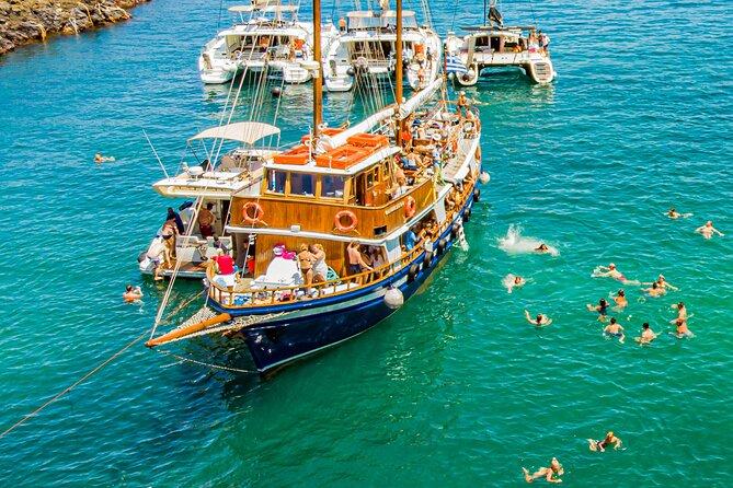 Santorini Volcano Cruise Including Hot Springs and Thirasia