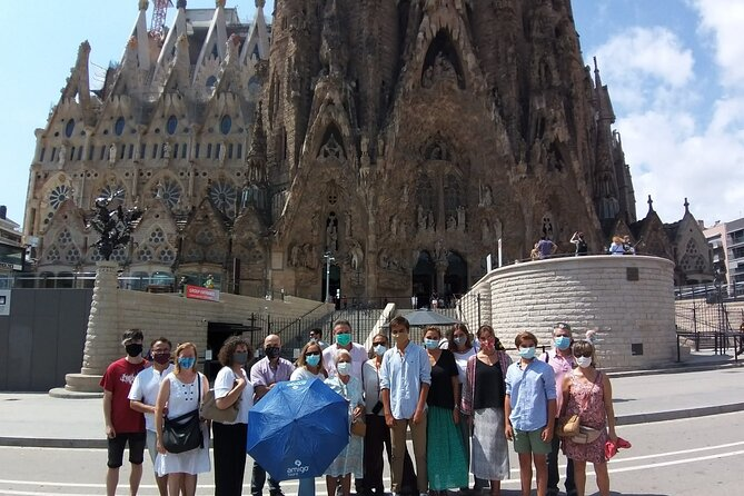 Sagrada Familia First Morning Tour with Skip the Line and Optional Tower Access