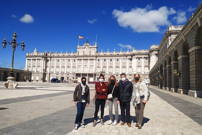 Royal Palace of Madrid Early Access in a Small Group