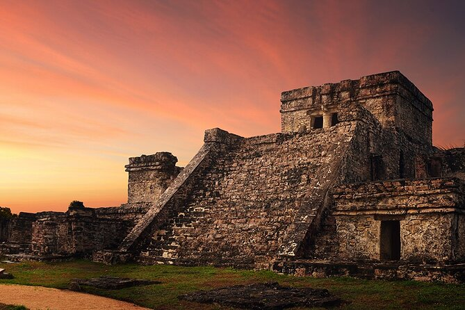 Skip-the-line Admission Ticket to Tulum Archaeological Zone