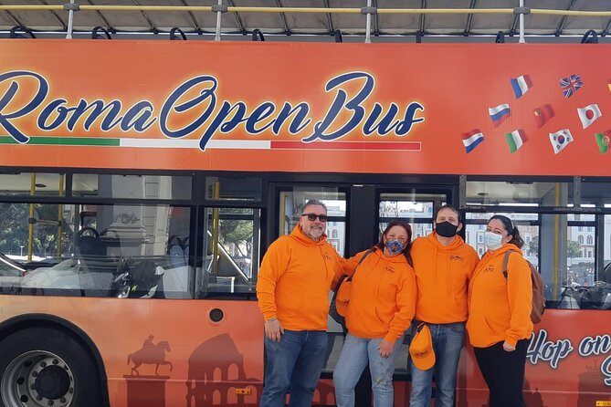 Rome Open Bus tour with backpack and album for children and breakfast