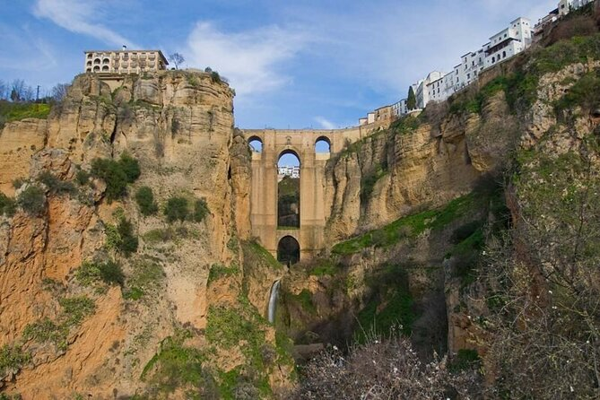 Private Ronda and Setenil Full-Day Tour from Granada