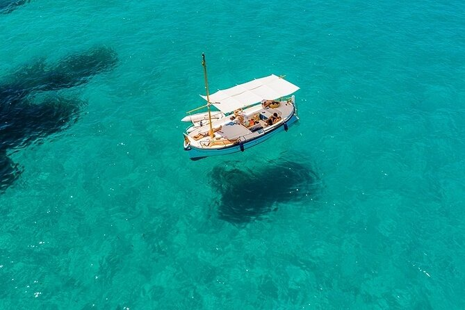 Private 4-hour Mediterranean Boat Tour in Ibiza with Snorkeling