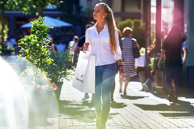 Wertheim Village Shopping Package