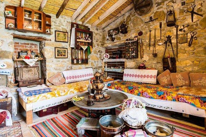 Izmir Ethnography Museum (Izmir Etnografya Muzesi)