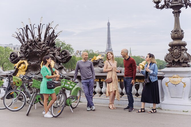 First day in Paris : All inclusive Bike tour + Wine & Cheese tasting