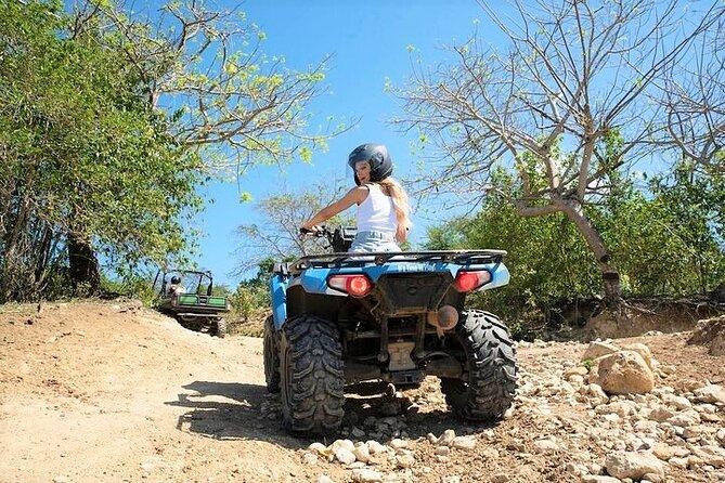 Aventura Off-Road do ATV de Chukka em Sandy Bay