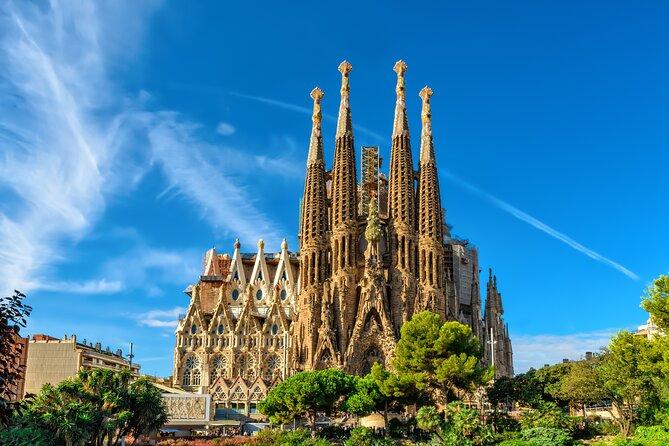 Fast Entry Sagrada Família Guided Tour
