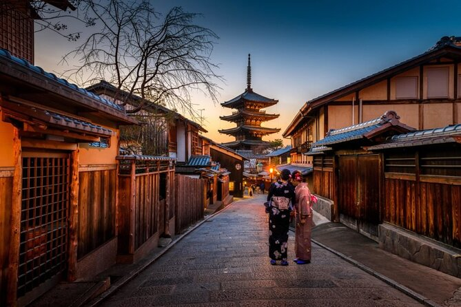 Kyoto Full-Day Instagram Highlights Private Tour with Nationally-Licensed Guide