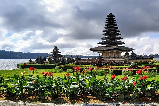 Package 3 Days Private Multi Tours-Tanah Lot Temple-Lempuyang The Gate Of Heaven