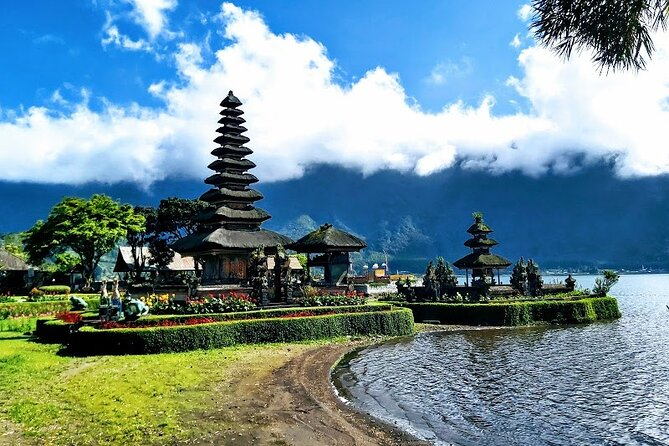4 Days Private Multi Tours-Tanah Lot Temple And Lempuyang The Gate Of Heaven