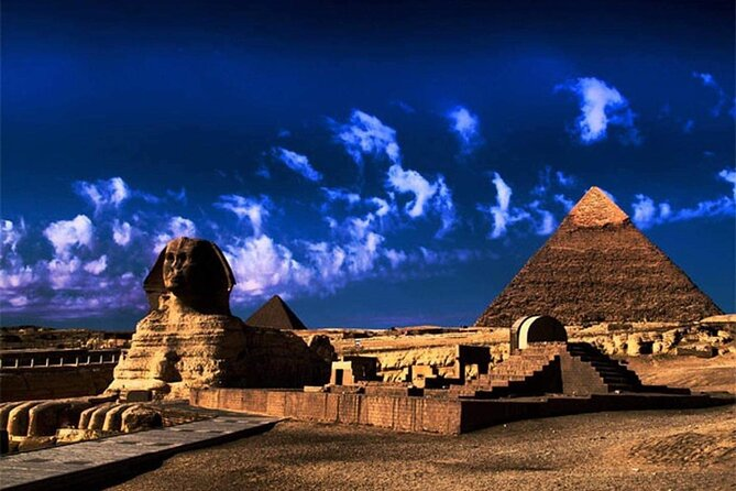 Full-Day Pyramids of Giza Tour from Hurghada