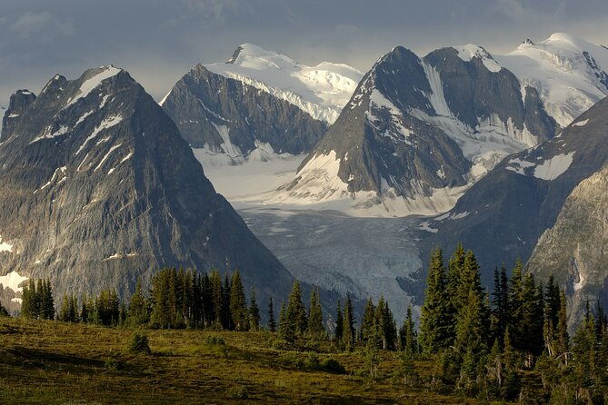 1-Day Kootenay National Park Tour from Calgary or Banff