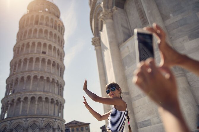 Fast Track Ticket to the Leaning Tower of Pisa and Audio Tour