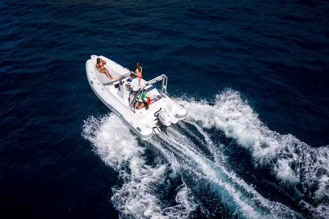 Half Day Private Tour by Dinghy in Sorrento