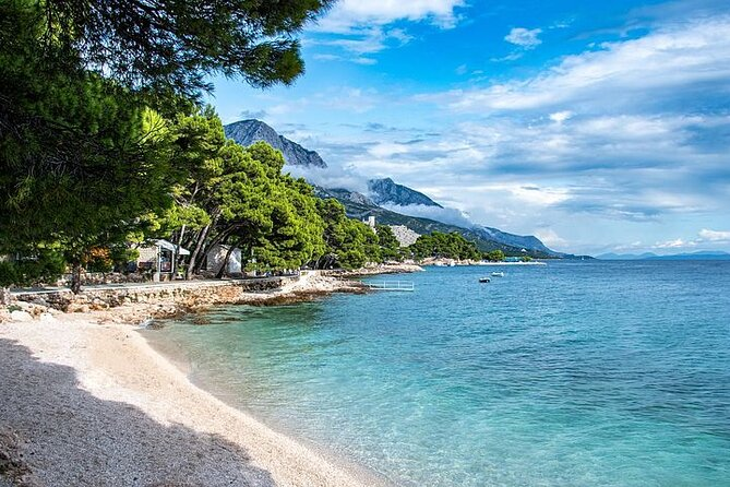 Private Transfer from Makarska to Dubrovnik with 2h Sightseeing, local driver